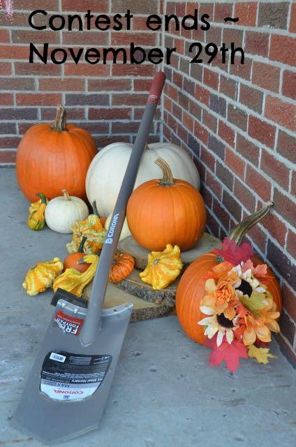 Shovel versus spade showdown & Corona Tools {Giveaway!}