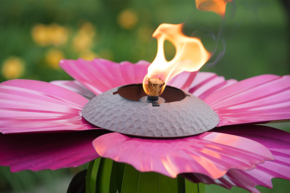 Pretty in pink cosmos garden torch from Desert Steel & giveaway! (ARV $59)
