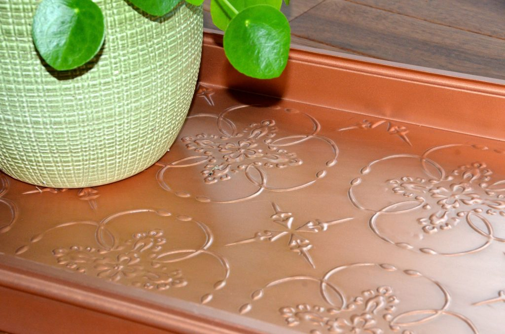 close up Medallions boot tray