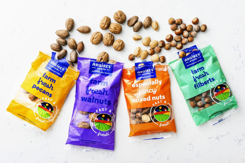 nuts are a healthy way to snack