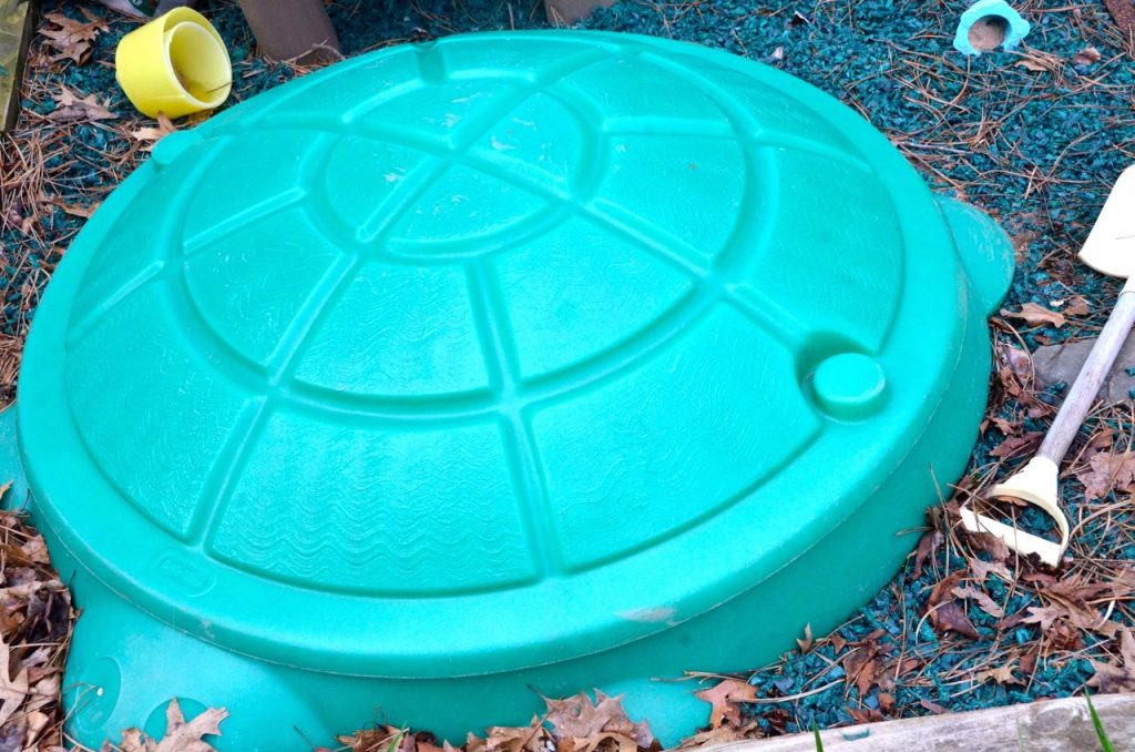 Use vinegar to keep cats of of the kids sandbox